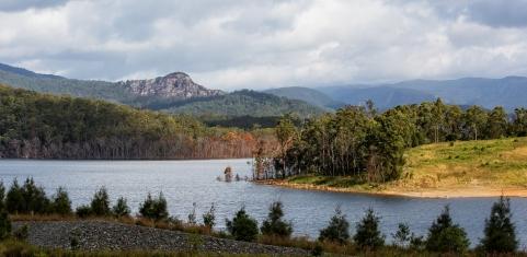 Hinze Dam 2